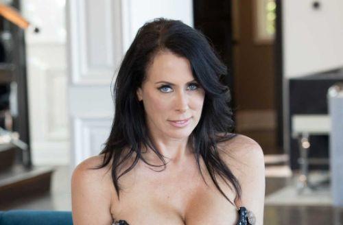 Reagan Foxx Hottest Milf porn stars
