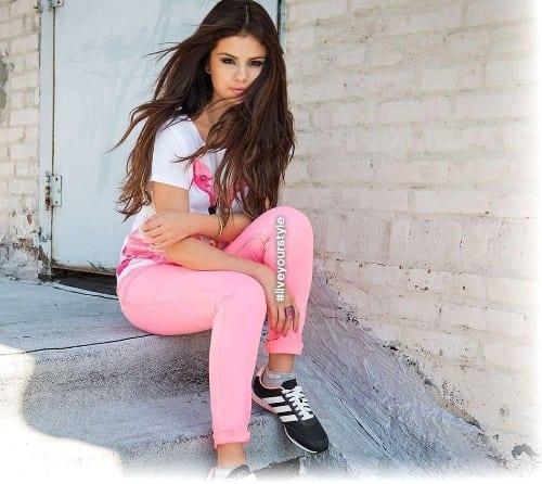 Selena Gomez Hottest pop singer