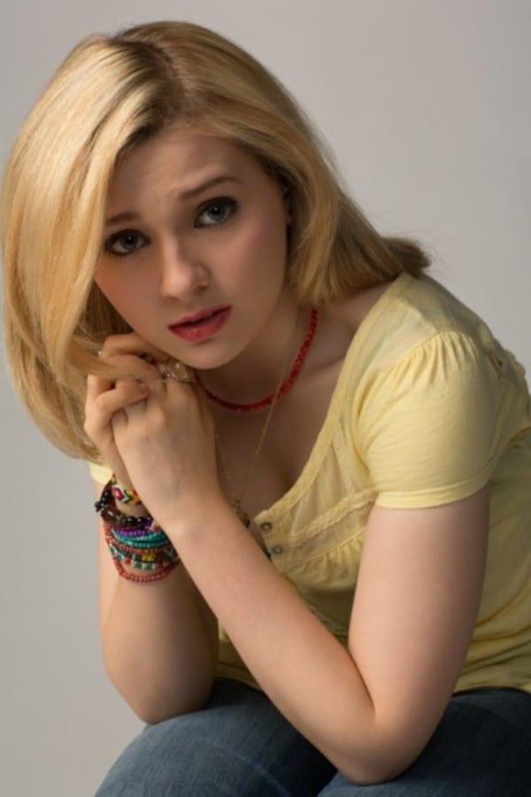 Abigail breslin hot
