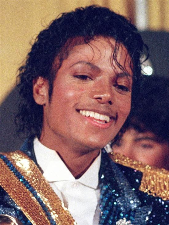 1984 – The unforgettable night for Michael when he received 8 Grammy awards in a night.