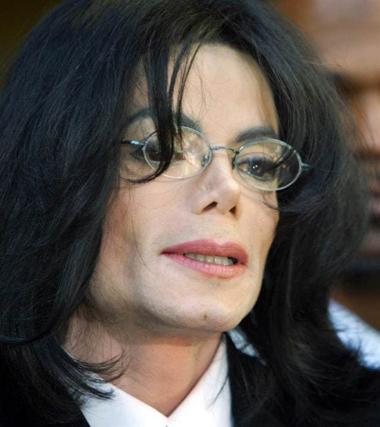 2004 – Speaking to the conference, MJ seen after he was sued for molesting a child. The conference was held on 30th April 2004 in California.