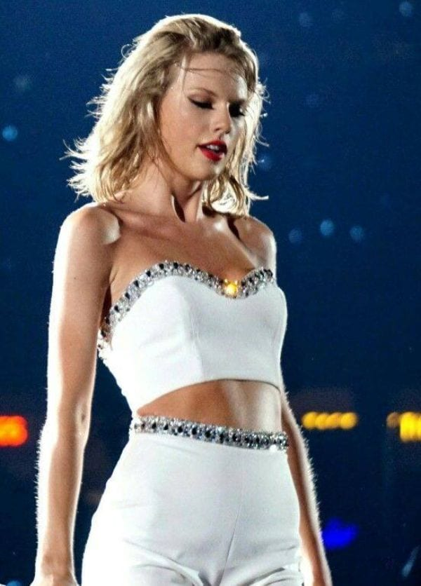 47 Exquisitely Sexy Photos of Taylor Swift   Perfect Curvy Body Photos of Taylor Swift -1