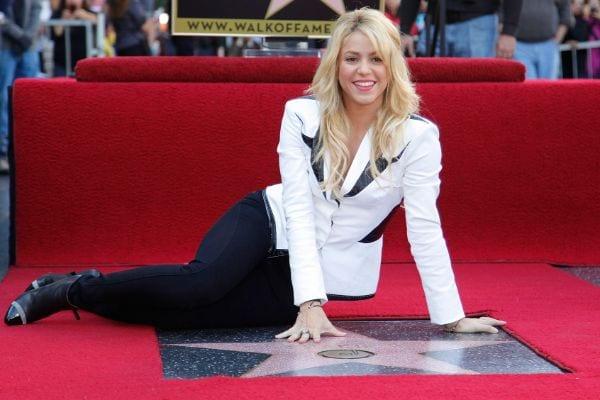 47 Sexiest and Half Nude Shakira's Pics-4