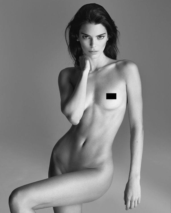 29 Kendall Jenner's Hottest Half-Nude & Butts Photos Ever-8