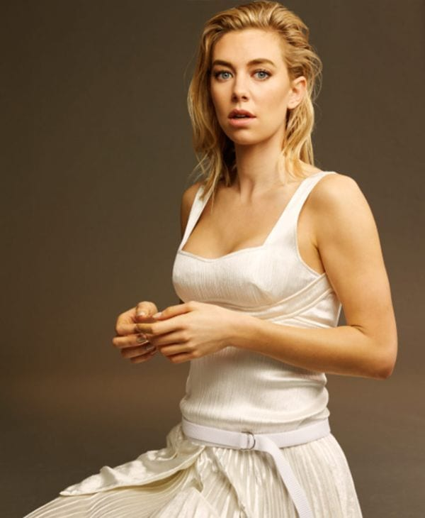 Vanessa Kirby Absurdly Jaw-Dropping Hot Photos-5