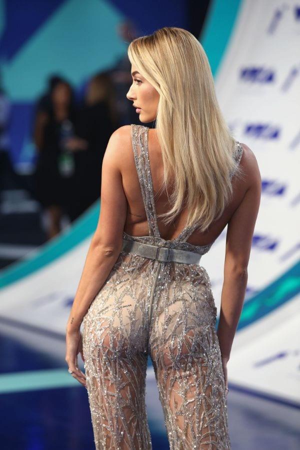 Hailey Baldwin Best Ass Pic