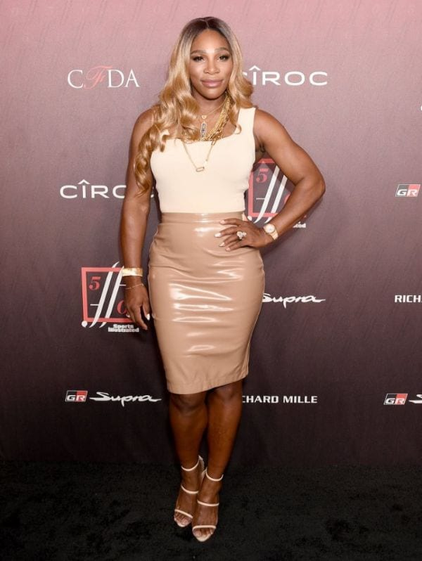 33 Hot Serena Williams Half-Nude Photos That You'll Find On The Internet-10