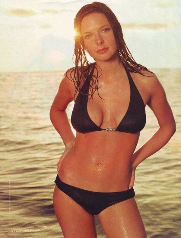 28 Absurdly Hot Photos of Rebecca Ferguson Which Will Make Your Day For Sure-3