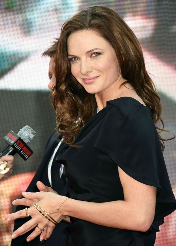 28 Absurdly Hot Photos of Rebecca Ferguson Which Will Make Your Day For Sure-7