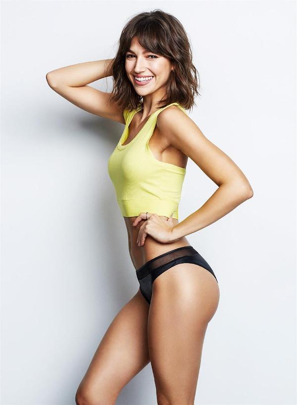 Úrsula Corberó hottest bikini half-nude photos-9