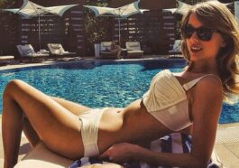 61 Hottest Half-Nude Photos of Taylor Swift