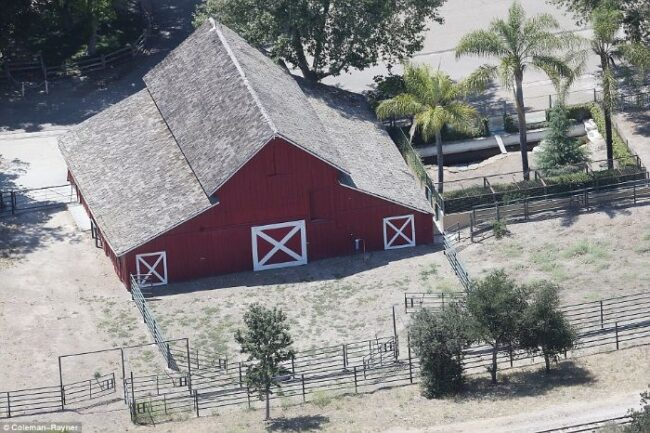 Here's abandoned Neverland ranch recent photos -2