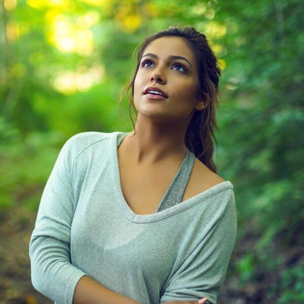 Bethany Mota hottest female youtubers