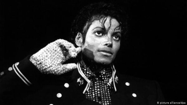The 13 Most Popular Celebrities That Tribute Michael Jackson